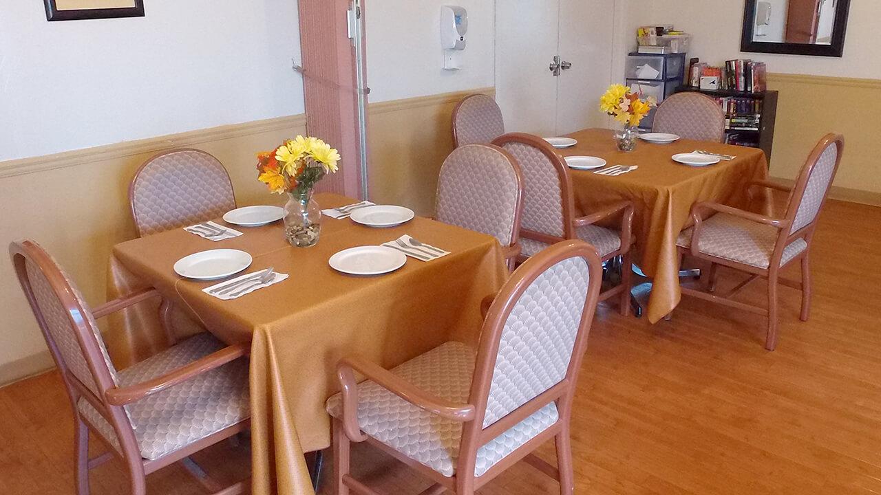 Dining Room 1.1